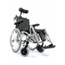 K7 Lüks Özellikli Tekerlekli Sandalye